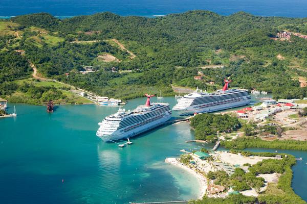 roatan-cruiseship-dock